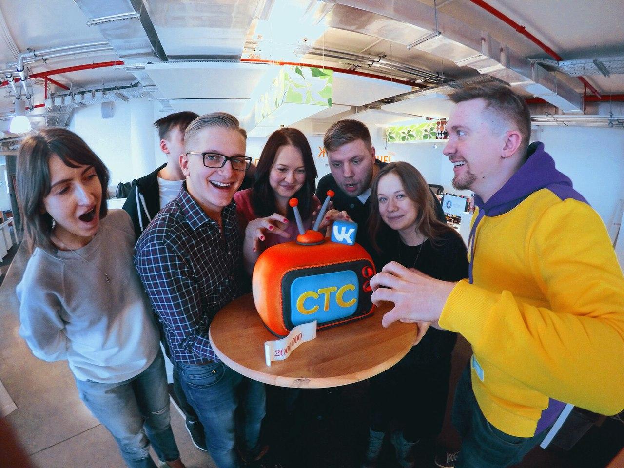 http://odry-cakes.ru/images/upload/IvNmMjcBd8Y-2.jpg